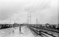 http://davidroy.net/files/gimgs/th-16_6th_street_bridge.jpg
